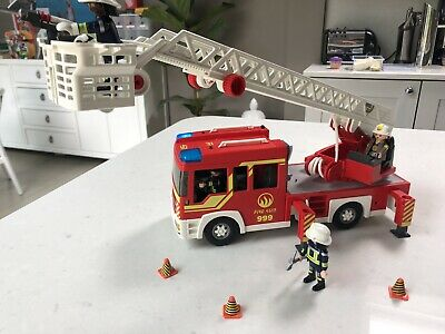 Playmobil City Action Fire Ladder Unit ()