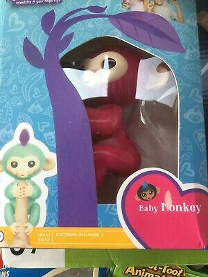 Brand New Never Used Fingerlings Monkey Baby Zoe Rare Pink