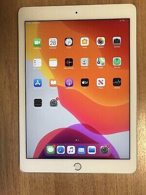 Apple iPad Pro 1st Gen. 256GB, Wi-Fi, 9.7 in - Silver