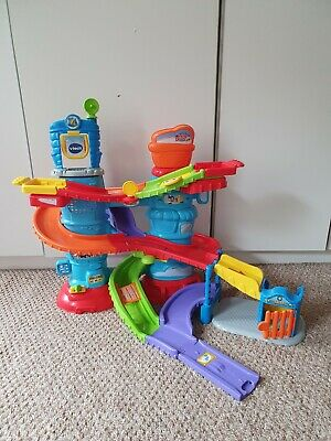 VTech  Toot Drivers Garage toddler toy