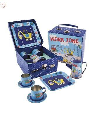 Floss & Rock Children's Tin Tea Set with Case Construction