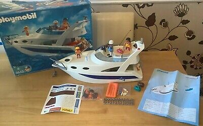 Playmobil 100% Complete Set  Blue Marlin Boat Family