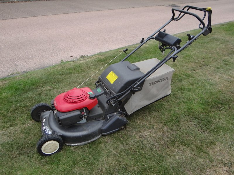 Honda HRD 535 Lawnmower