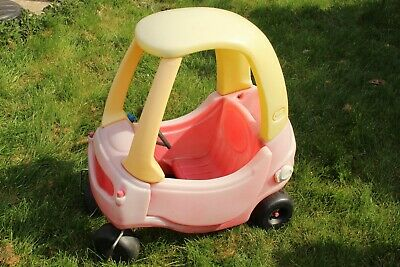 Little Tikes Cozy Coupe Classic Kids Ride on Car for Ages 18