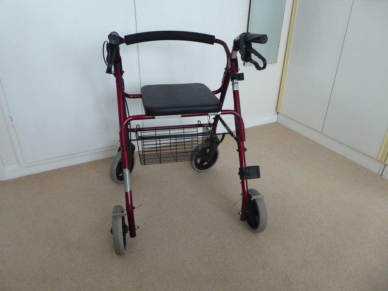 4 wheel walker.