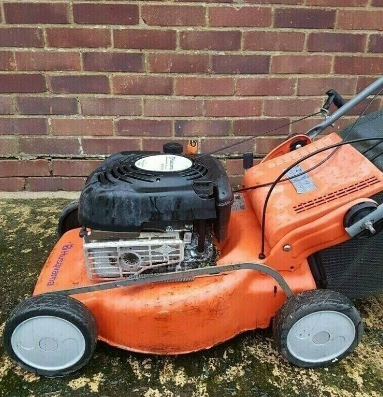 Husqvarna Self Propelled Petrol Lawnmower - Spares or Repair