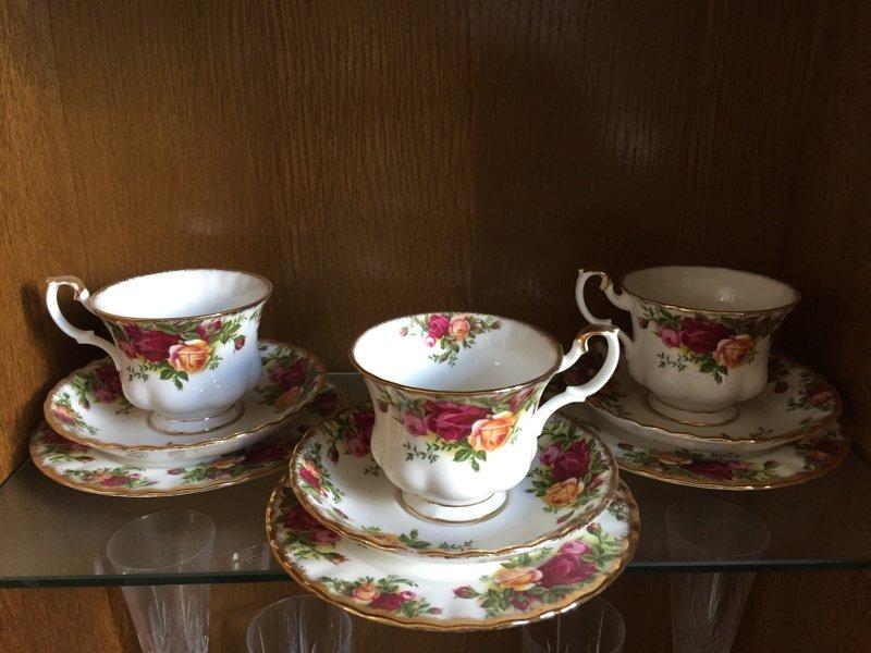 Royal Albert Tea Set - Old Country Roses