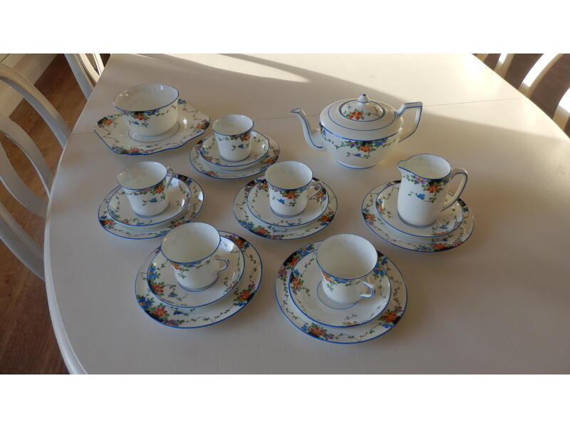 Gladstone bone china tea set