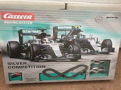 CARRERA Mercedes racing track & cars - Lewis Hamilton &
