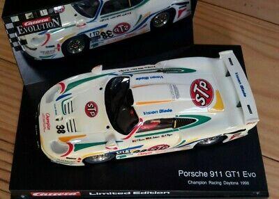 Carrera Evolution 132 Porsche 911 GT1STP Champion Racing
