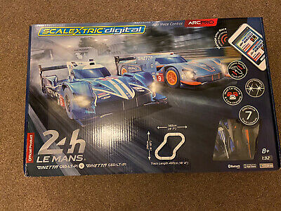 SCALEXTRIC Set C ARC PRO Digital Le Mans Ginetta's RRP