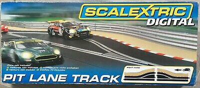 Scalextric C Scale Digital Pit Lane (Right Hand) -