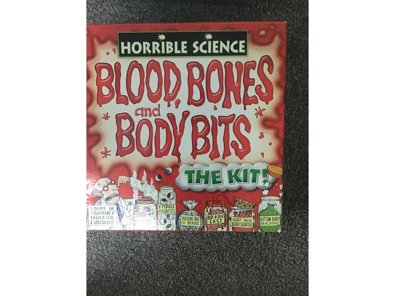 Horrible science Blood Bones and body bits kit