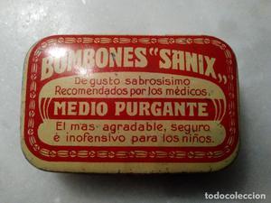 ANTIGUA CAJA DE HOJALATA LITOGRAFIADA BOMBONES SANIX - MEDIO