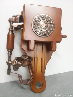 RÉPLICA DE TELÉFONO ANTIGUO DE PARED EN MADERA
