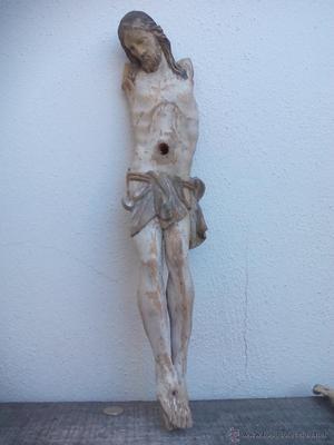 Talla de madera Cristo. Antigua escultura de madera tallada.