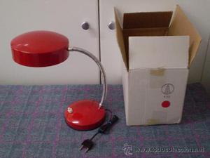 Antigua lámpara flexo metálico de la marca Luxus. Nuevo,
