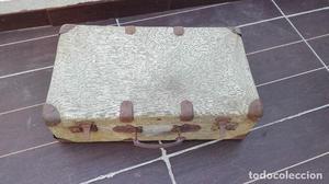 Antigua maleta