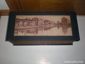 Caja de madera y cartón. Vista de Tesalónica ca. .