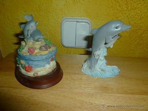 Lote de joyero con delfines + figura delfines en resina