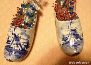ZUECOS de cerámica holandesa decorados en azul-