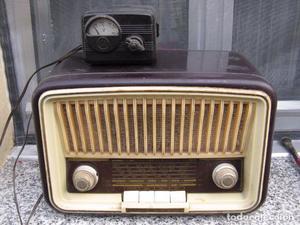 Radio de válvulas Invicta modelo . Con regulador de