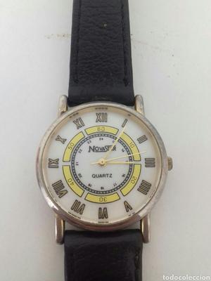 Bonito reloj de pila