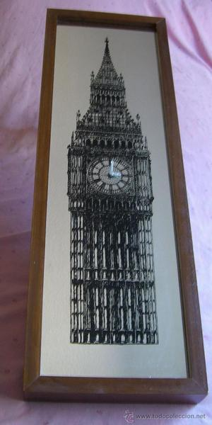 Reloj espejo con la torre de Londres
