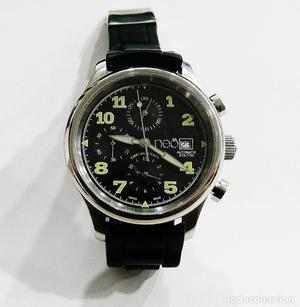 Reloj suizo de pulsera NEO.