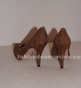 Zapatos de mujer (varios pares)