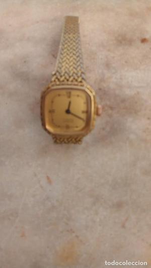 reloj de pulsera de carga manual