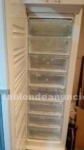 Congelador vertical 8 cajones