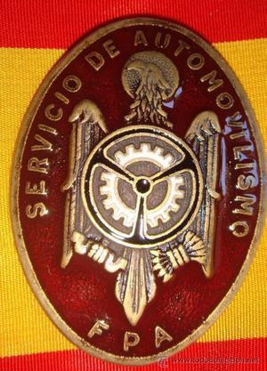 GRAN MEDALLA CON ESMALTE DE LA POLICIA ARMADA - SERVICIO DE