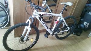 bicicleta MOMA GTT2.0