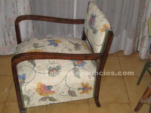 2 sillones descalzadoras de madera