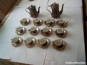 ANTIGUO JUEGO DE CAFE DE 12 TAZAS -2 CAFETERAS EN METAL