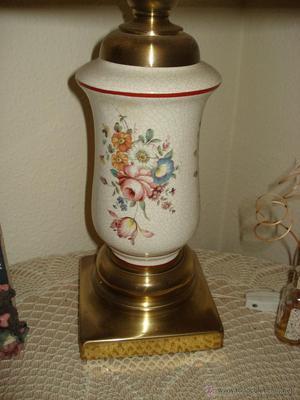 Lampara de ceramica pintada de Manises