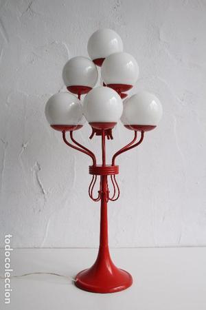 Lámpara de mesa de 10 tulipas de globos de opalina. Base