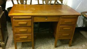 Mesa despacho de madera de roble