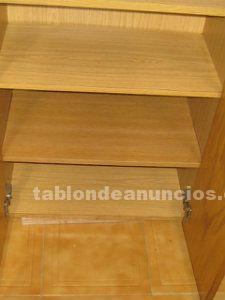 Mueble de cocina color miel