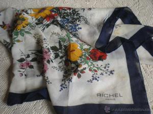Pañuelo en georgette estampado de la casa Richel
