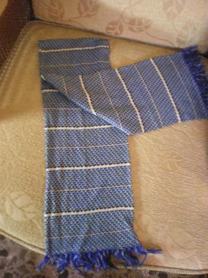 antigua bufanda de caballero de punto en tonos azules con