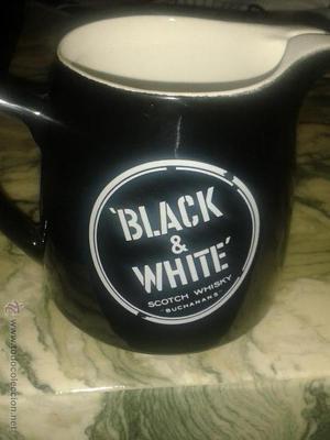 jarra de whisky black & white james green