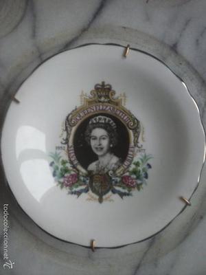 Plato de porcelana china - QUEEN ELISABETH II, SILVER