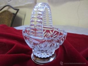 cesta de cristal y plata