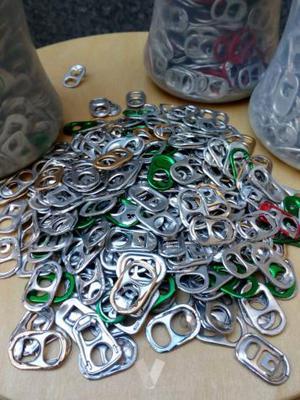 Anillas/chapas de latas para artesanía