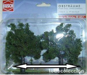 Busch  Set de 2 árboles 95 mm.