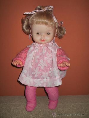 Muñeca Alida de Famosa