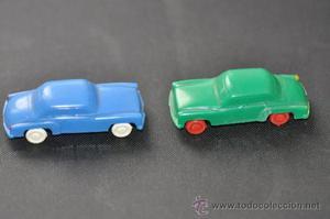 lote de dos coches antiguos de plastico