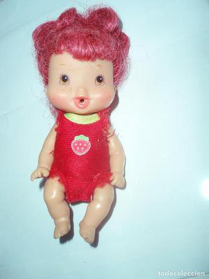 muñeca bebe tarta de fresa